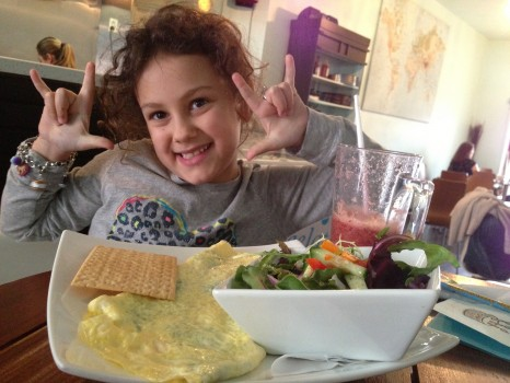 To celebrate, Lily and I had a lunch date at our favourite neighbourhood gluten-free friendly restaurant, Cocoa Latte.