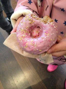 Pink donut 262x350 the gluten free donut is the new cupcake