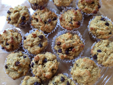 These banana muffins are de- to the pea-licious! They're also vegan and gluten free.